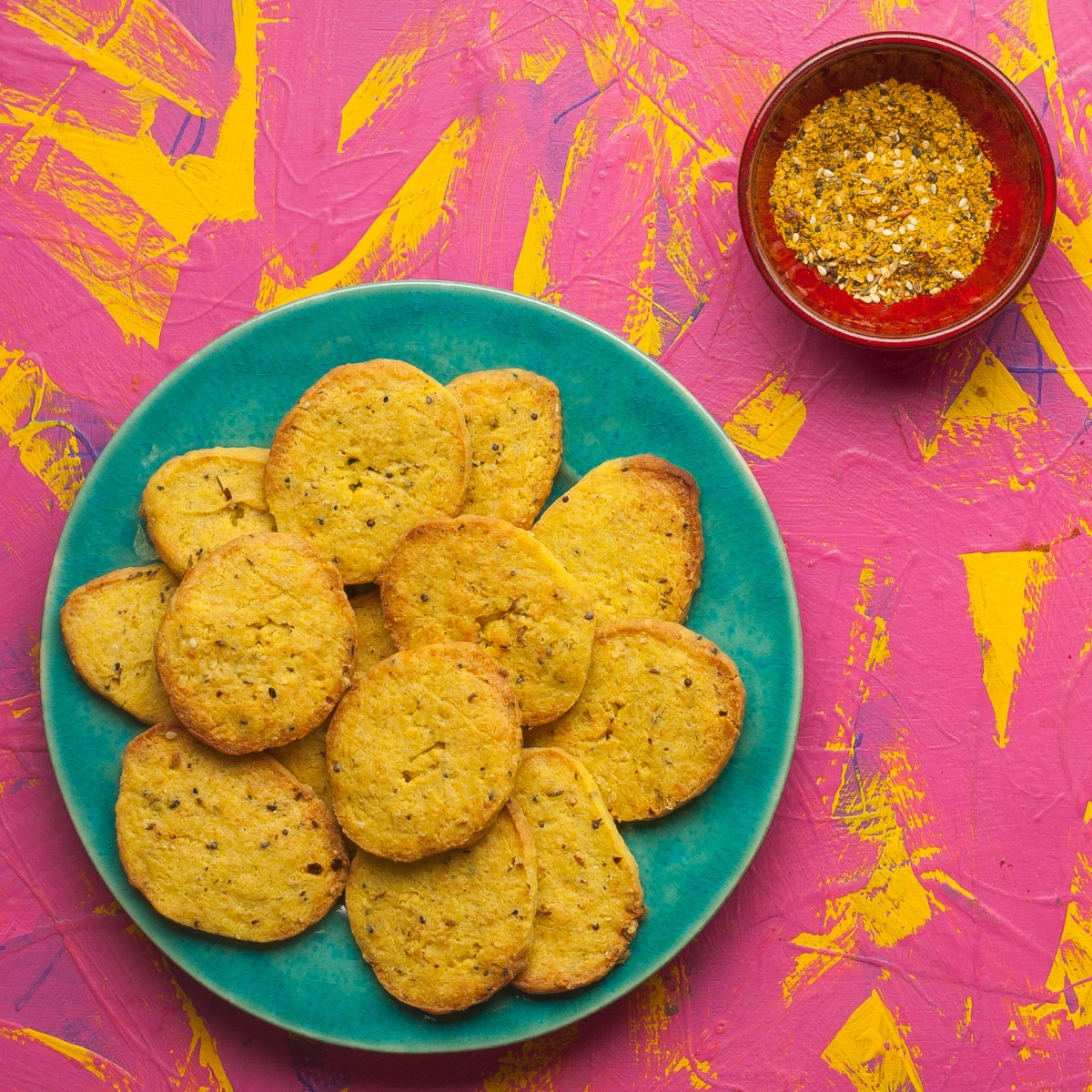 spicy-cheese-biscuits